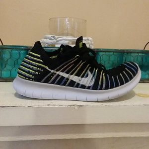 Nike Free & Flexible Flyknit running shoe